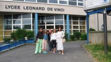Setkání ve Francii (2006-07)  Naše skupina před školou